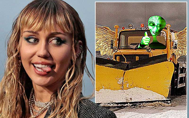 Miley Cyrus says she was chased by aliens