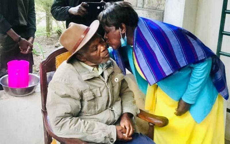 Nameless celebrates parents as they mark 56 years of marriage