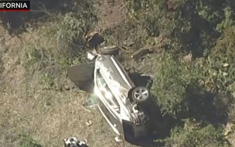 Pictures of Tiger Woods' horror crash