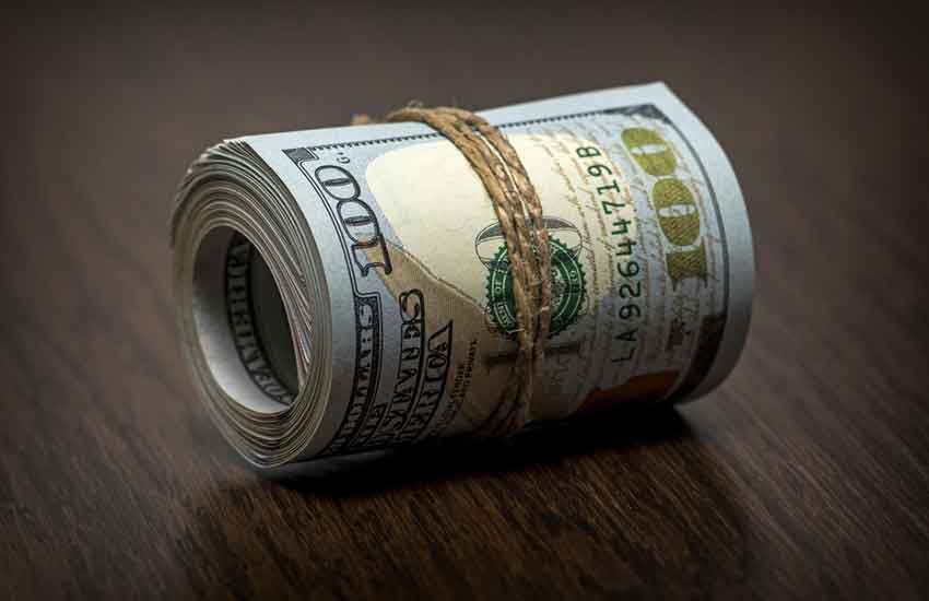 Beating the system? Corruption suspects converting loot to dollars