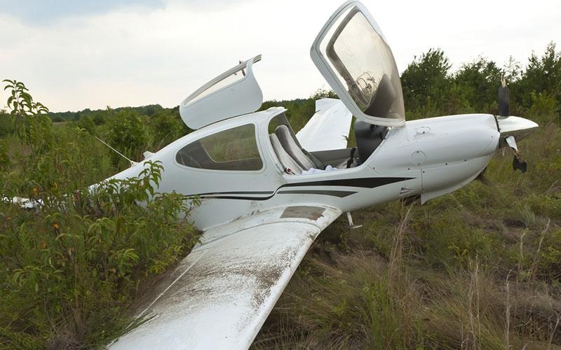 Malindi: Pilot crash-lands after aircraft loses wheel