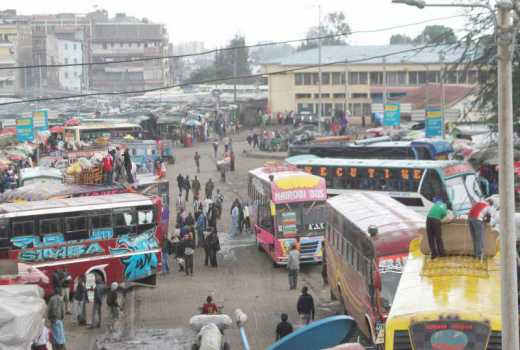 Police operation at Muthurwas Market sparks standoff with touts and boda boda operators