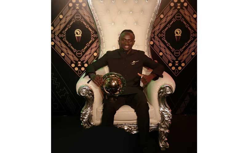 Sadio Mane beats Mo Salah to be crowned African Player of the Year