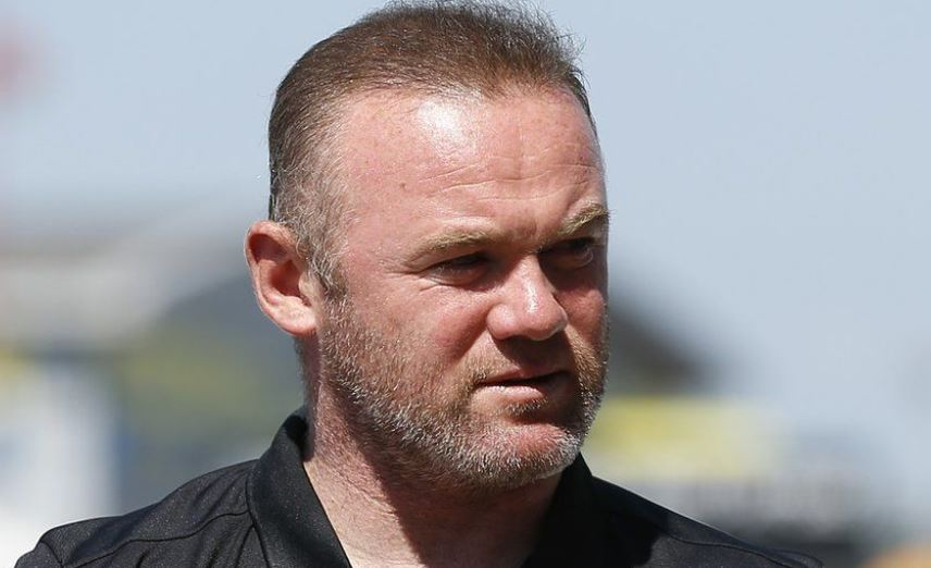 Wayne Rooney told to pay Sh1.5 million to keep compromising photos of himself hidden from wife