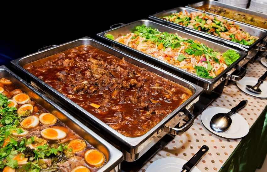 Why you should never carry buffet food home
