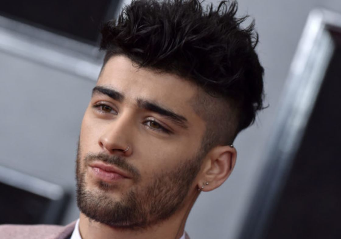 Zayn Malik leaves One Direction fans in disbelief with his real voice